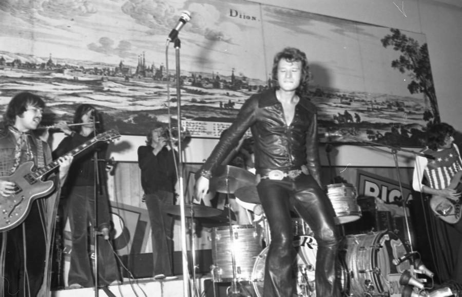 LES CONCERTS DE JOHNNY 'DIJON 1970' Johnn134