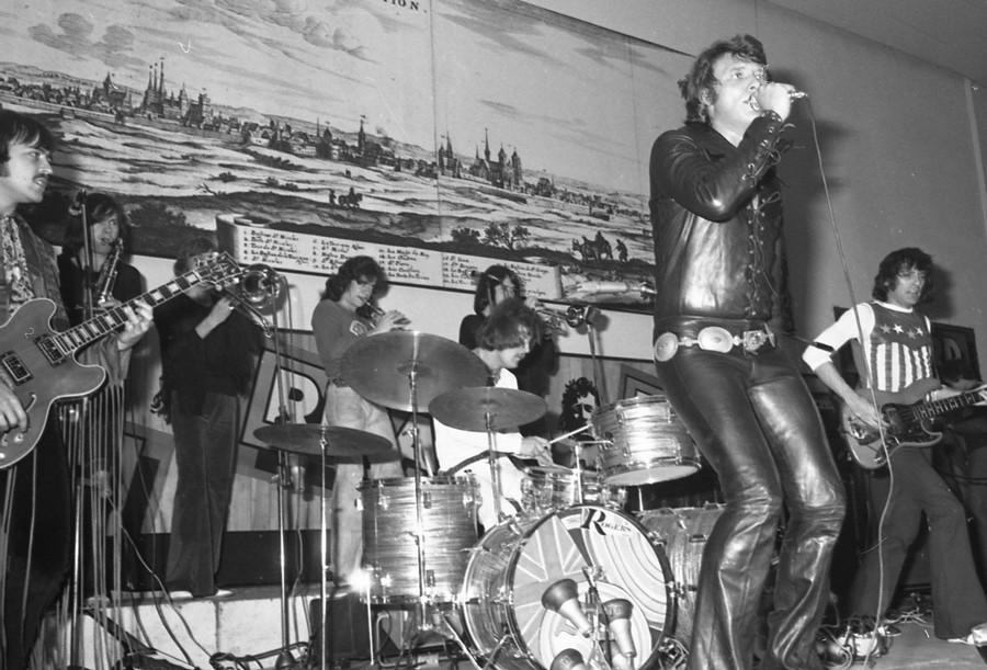 LES CONCERTS DE JOHNNY 'DIJON 1970' Johnn135