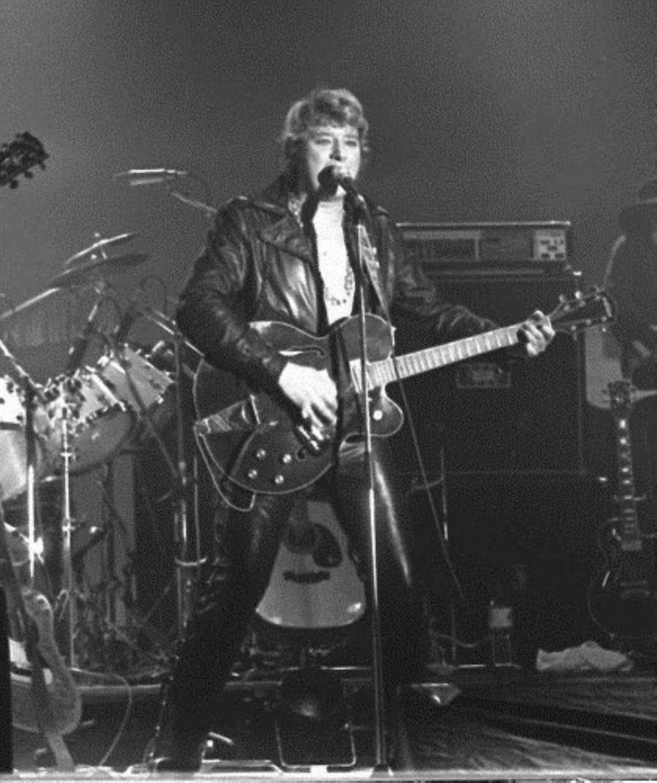 LES CONCERTS DE JOHNNY 'REIMS 1981' Johnn188