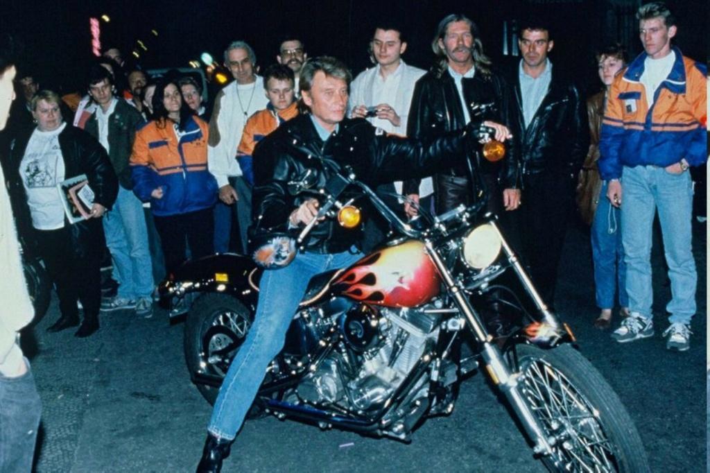 HARLEY-DAVIDSON FXSTC 1340 SOFTAIL DE JOHNNY HALLYDAY ( 1991 ) Johnny95