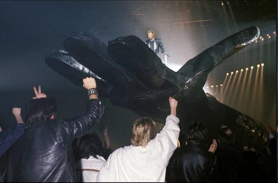 LES CONCERTS DE JOHNNY 'LE ZENITH DE PARIS 1984' La_der16