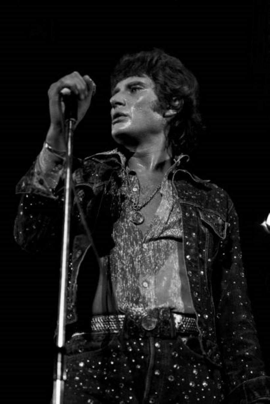 LES CONCERTS DE JOHNNY 'PALAIS DES SPORTS DE PARIS 1976' La_pre13