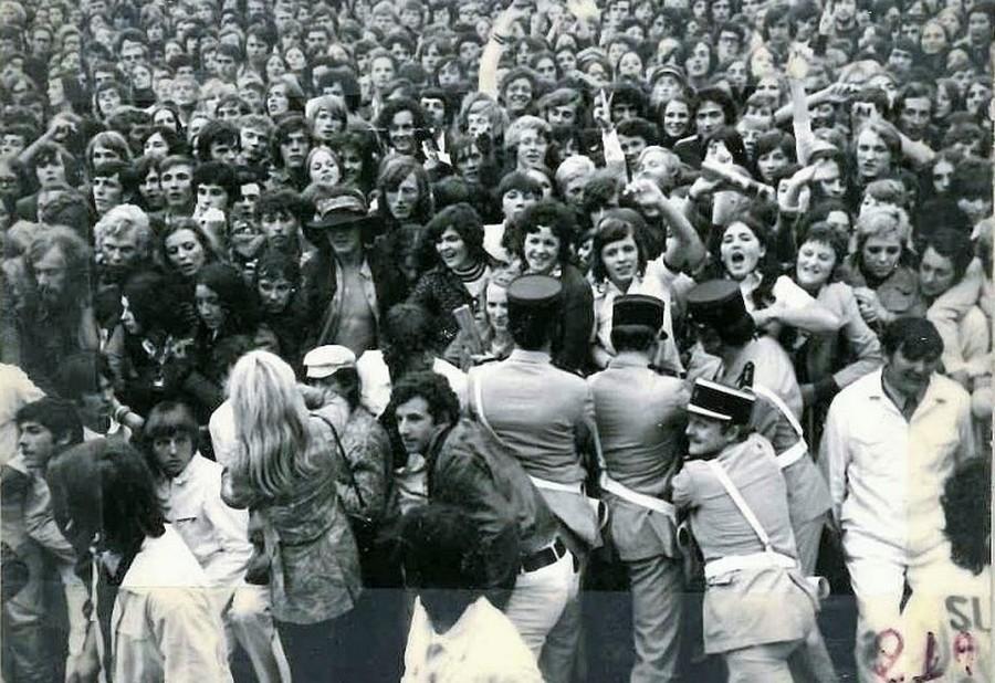 LES CONCERTS DE JOHNNY 'ARCON 1971' Le-con15