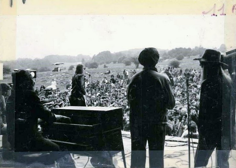 LES CONCERTS DE JOHNNY 'ARCON 1971' Le-con34