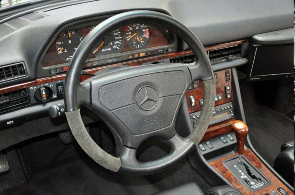 MERCEDES 560 SEC AMG DE JOHNNY HALLYDAY ( 1988 ) Merced18