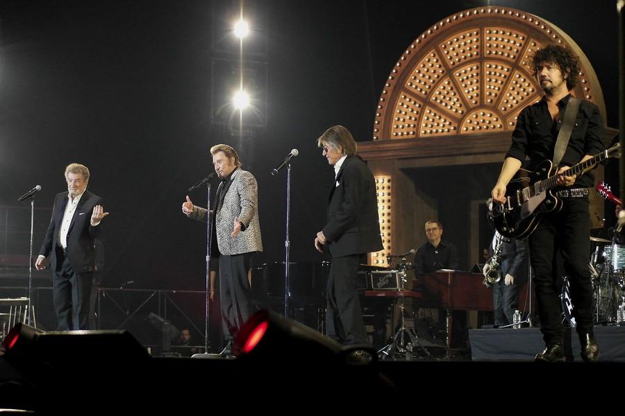 LES CONCERTS DE JOHNNY 'LES VIEILLES CANAILLES - 'PARIS 2014' Ob_37410