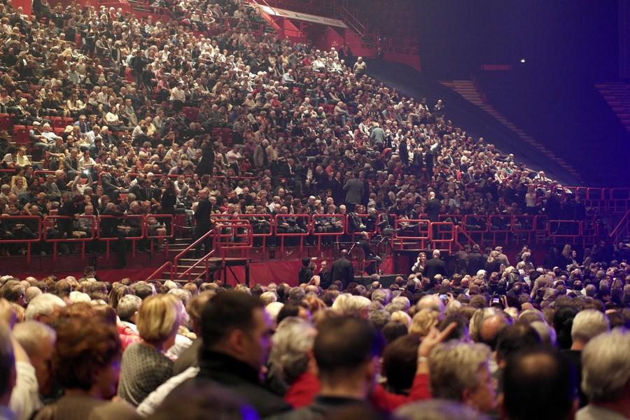 LES CONCERTS DE JOHNNY 'LES VIEILLES CANAILLES - 'PARIS 2014' Ob_51212