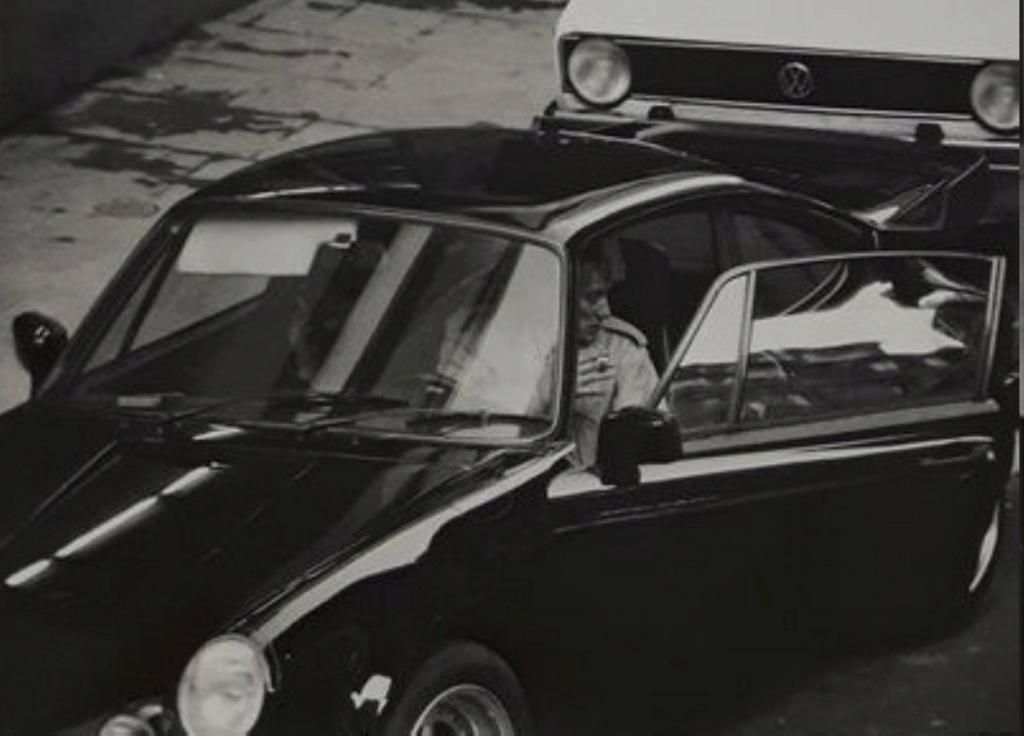 PORSCHE 911 SC DE JOHNNY HALLYDAY ( 1979 ) Ob_b2010