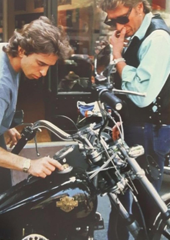 HARLEY-DAVIDSON FXWG WIDE GLIDE 85 DE JOHNNY HALLYDAY ( 1989 ) Ob_e2610