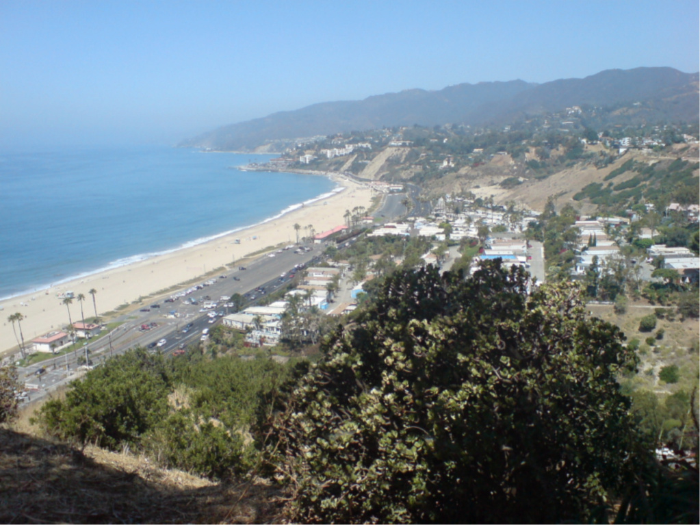 PROPRIETE OU A RESIDE JOHNNY HALLYDAY ( 4/10 ) 'LOS ANGELES' ( 2010-2021 ) Pacifi10