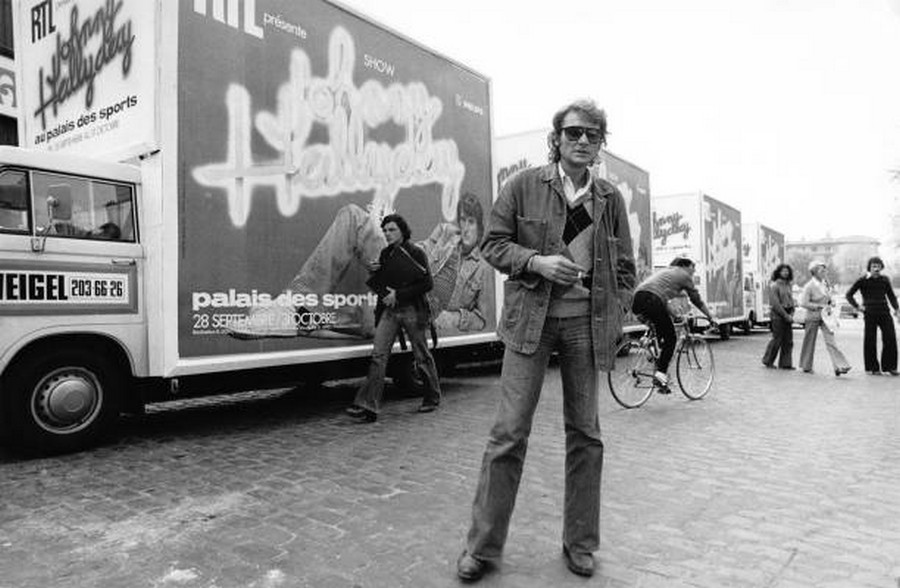 LES CONCERTS DE JOHNNY 'PALAIS DES SPORTS DE PARIS 1976' Rzopzo10