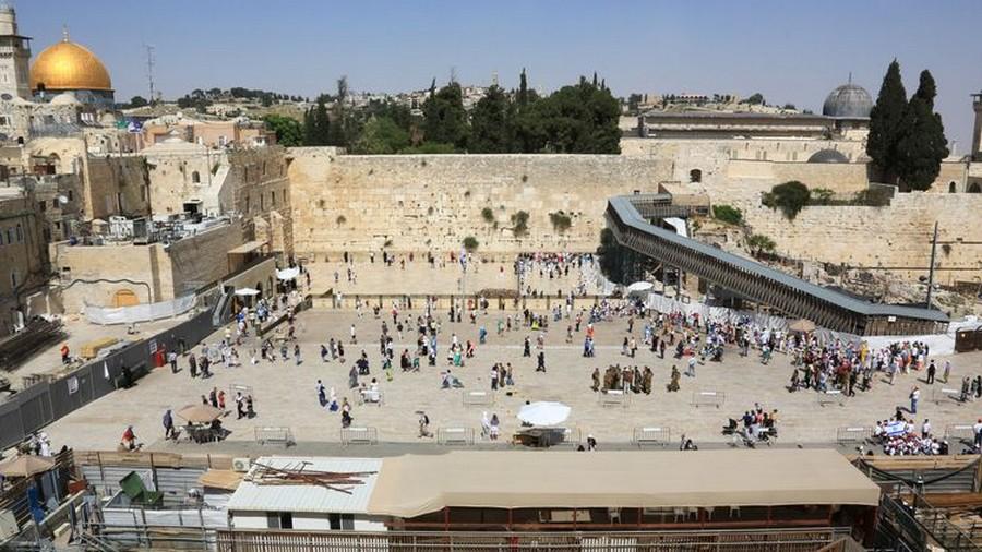 LES CONCERTS DE JOHNNY 'TEL AVIV, ISRAEL 2012' Sans1028