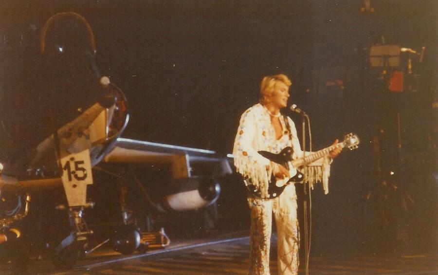 LES CONCERTS DE JOHNNY 'PORTE-AVIONS ''FOCH'', TOULON 1979' Sans1061