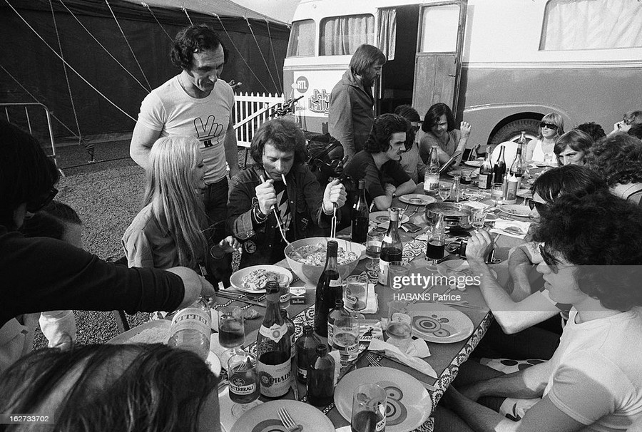 LES CONCERTS DE JOHNNY 'TOURNEE JOHNNY CIRCUS 1972' Sans1857
