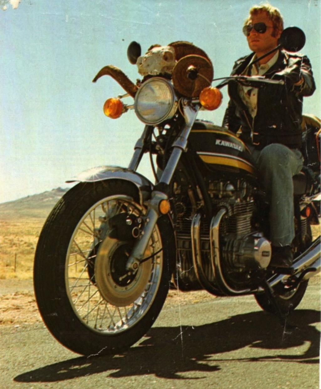 KAWASAKI 900 Z1 DE JOHNNY HALLYDAY ( 1974 ) Sans_142