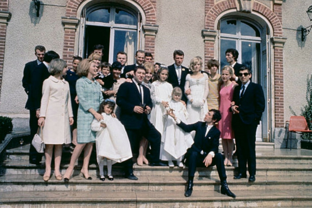 PROPRIETE OU A RESIDE JOHNNY HALLYDAY ( 1/10 ) 'LOCONVILLE' ( 1963-1979 ) Sans_238