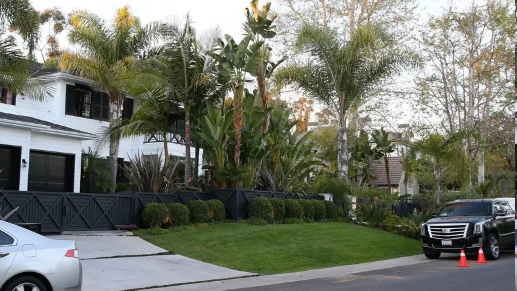 PROPRIETE OU A RESIDE JOHNNY HALLYDAY ( 4/10 ) 'LOS ANGELES' ( 2010-2021 ) Sans_241