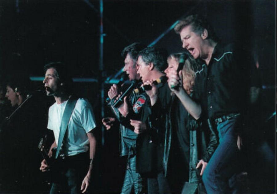 LES CONCERTS DE JOHNNY 'TOURNEE D'ENFOIRES, ZENITH 1989' Sans_412