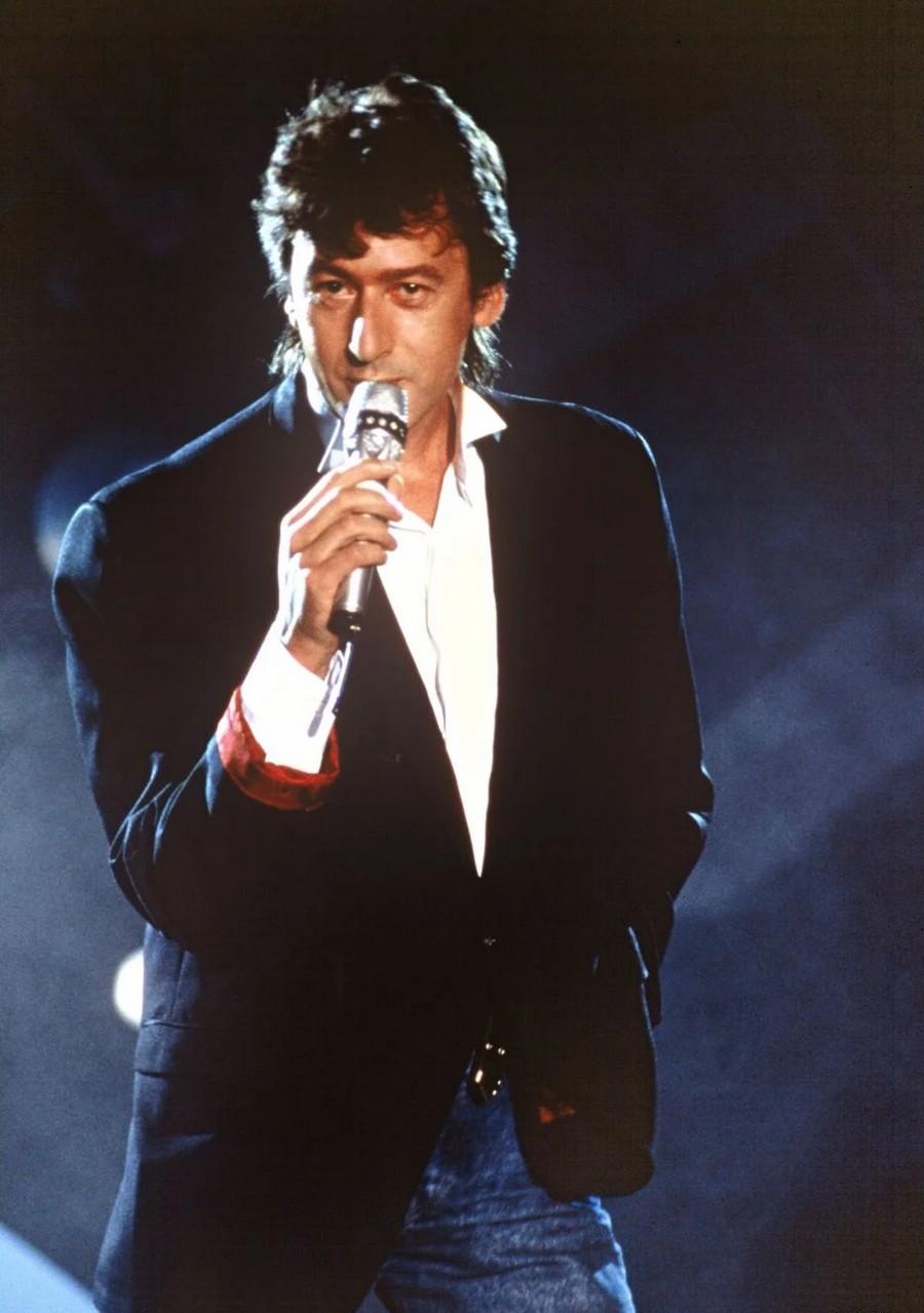 LES CONCERTS DE JOHNNY 'GENERATION ROCK N ROLL, PALAIS DES SPORTS 1989' Sans_415