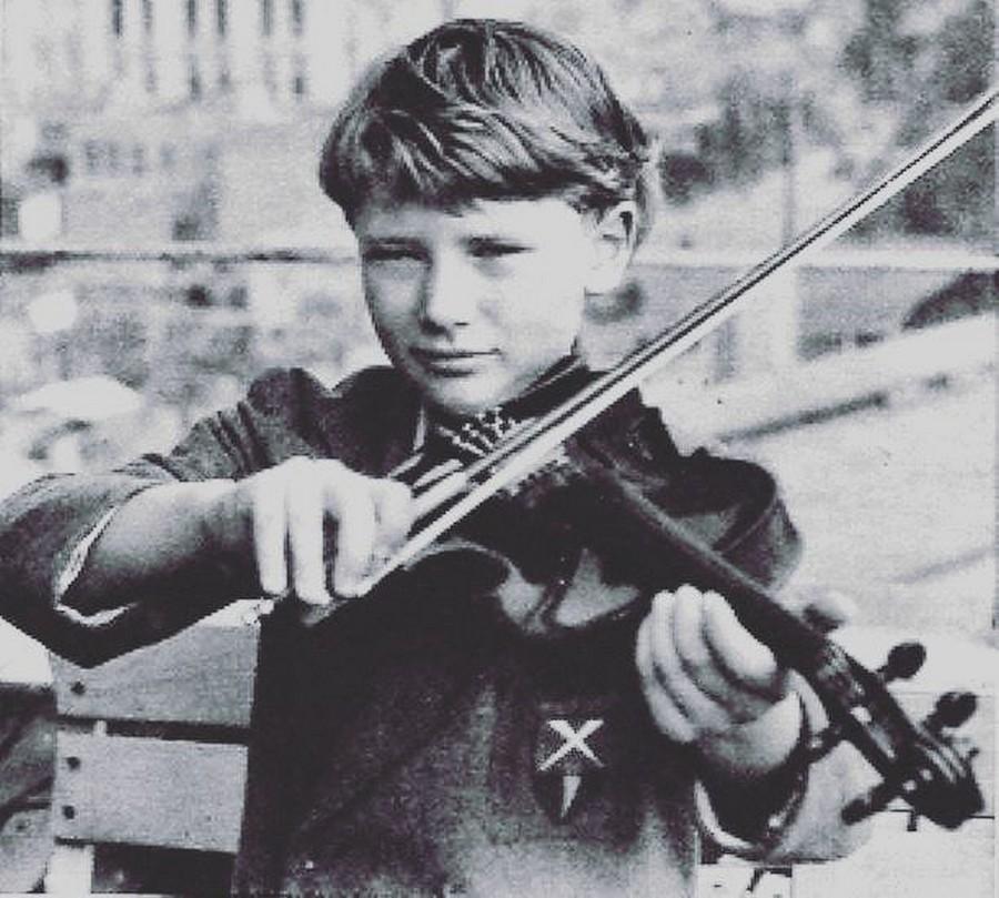 JOHNNY 'SES JEUNES ANNEES 1943-1959' Sans_539
