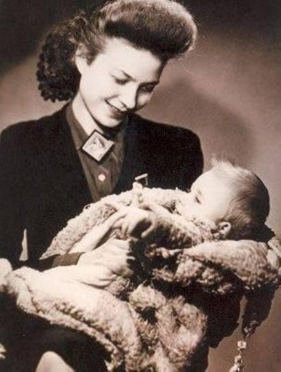 JOHNNY 'SES JEUNES ANNEES 1943-1959' Sans_547