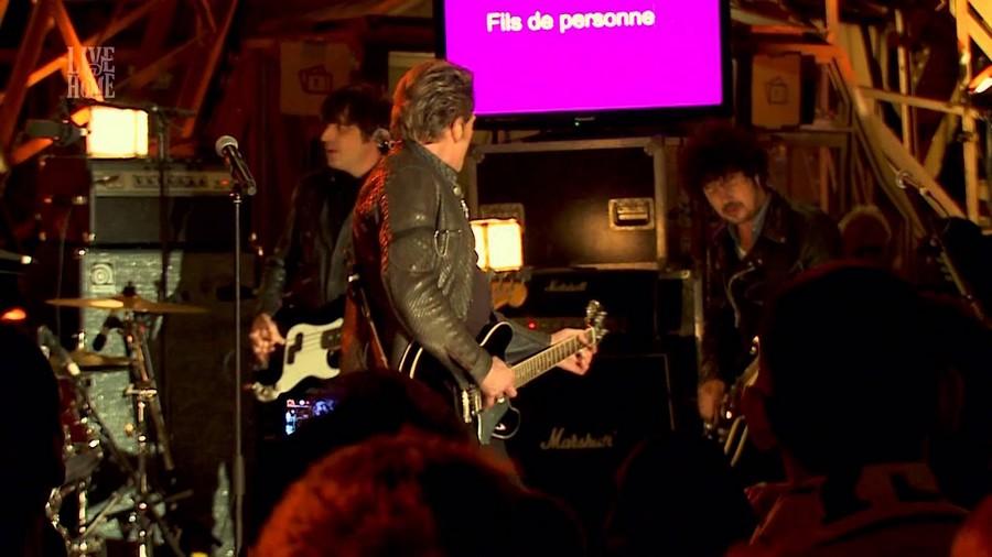 LES CONCERTS DE JOHNNY 'LA TOUR EIFFEL, PARIS 2011' Sans_679