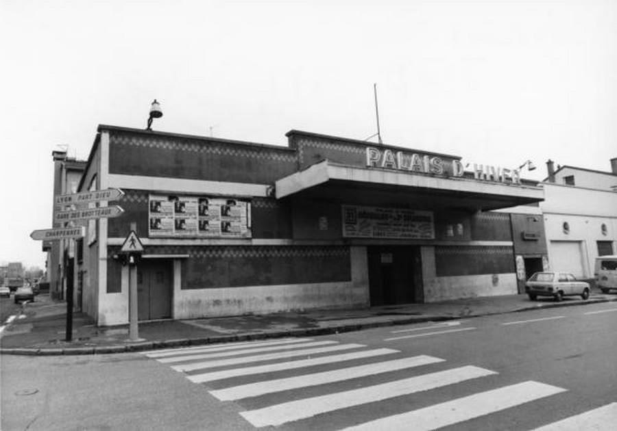 LES CONCERTS DE JOHNNY 'PALAIS D'HIVER DE LYON 1968' Sans_836
