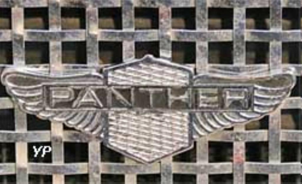 PANTHER DE VILLE DE JOHNNY HALLYDAY ( 1975 ) T5226810