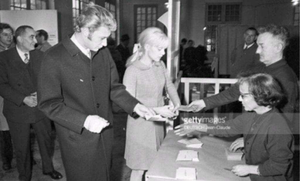 PROPRIETE OU A RESIDE JOHNNY HALLYDAY ( 3/10 ) 'NEUILLY SUR SEINE' ( 1965 ) Unname11