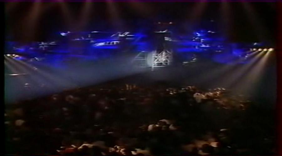 LES CONCERTS DE JOHNNY 'GENERATION ROCK N ROLL, PALAIS DES SPORTS 1989' Vlcs1013
