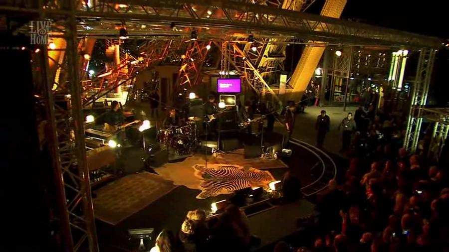 LES CONCERTS DE JOHNNY 'LA TOUR EIFFEL, PARIS 2011' Vlcs1282