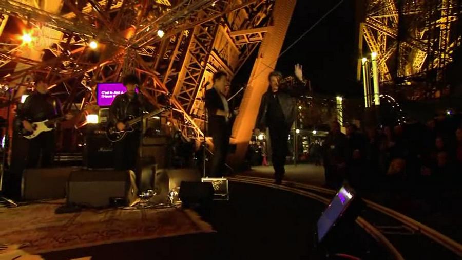 LES CONCERTS DE JOHNNY 'LA TOUR EIFFEL, PARIS 2011' Vlcs1283