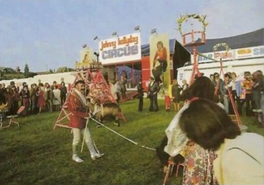 LES CONCERTS DE JOHNNY 'TOURNEE JOHNNY CIRCUS 1972' Vlcs1304