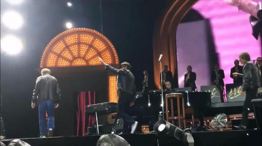 LES CONCERTS DE JOHNNY ' LES VIEILLES CANAILLES - 'BORDEAUX 2017' Vlcs1324