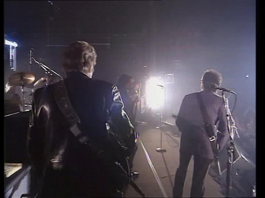 LES CONCERTS DE JOHNNY 'LA CIGALE, PARIS 1994' Vlcs1330