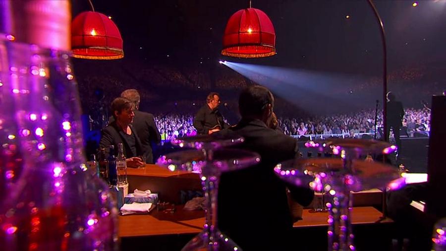 LES CONCERTS DE JOHNNY 'LES VIEILLES CANAILLES - 'ACCORHOTELS ARENA 2017' Vlcs1500