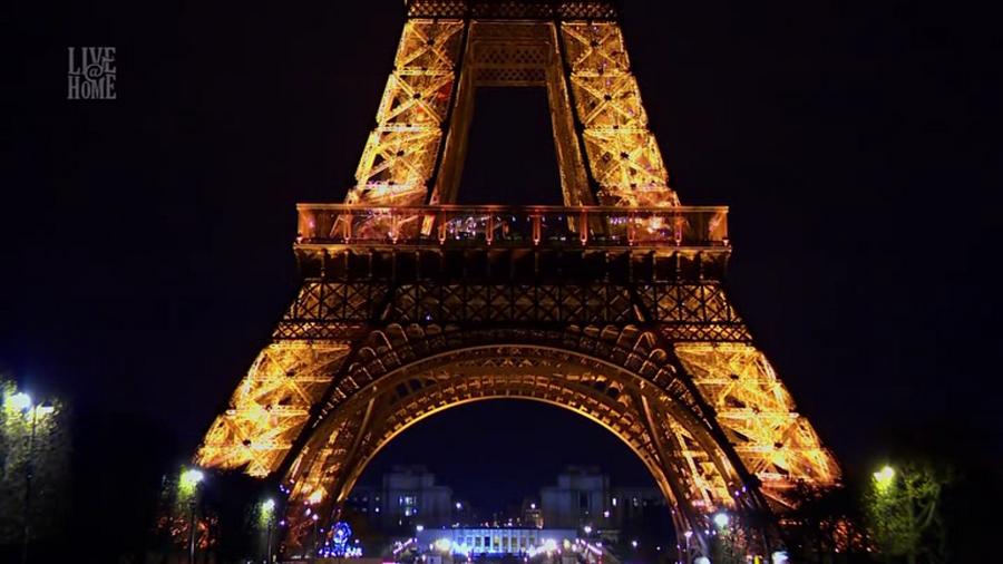 LES CONCERTS DE JOHNNY 'LA TOUR EIFFEL, PARIS 2011' Vlcs1712