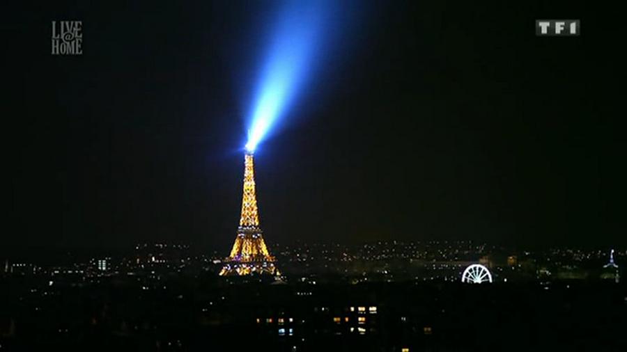 LES CONCERTS DE JOHNNY 'LA TOUR EIFFEL, PARIS 2011' Vlcs1739