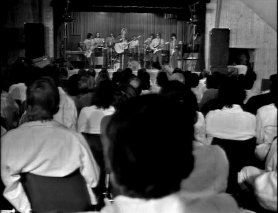LES CONCERTS DE JOHNNY 'PRISON DE BOCHUZ, SUISSE 1974' Vlcs1744