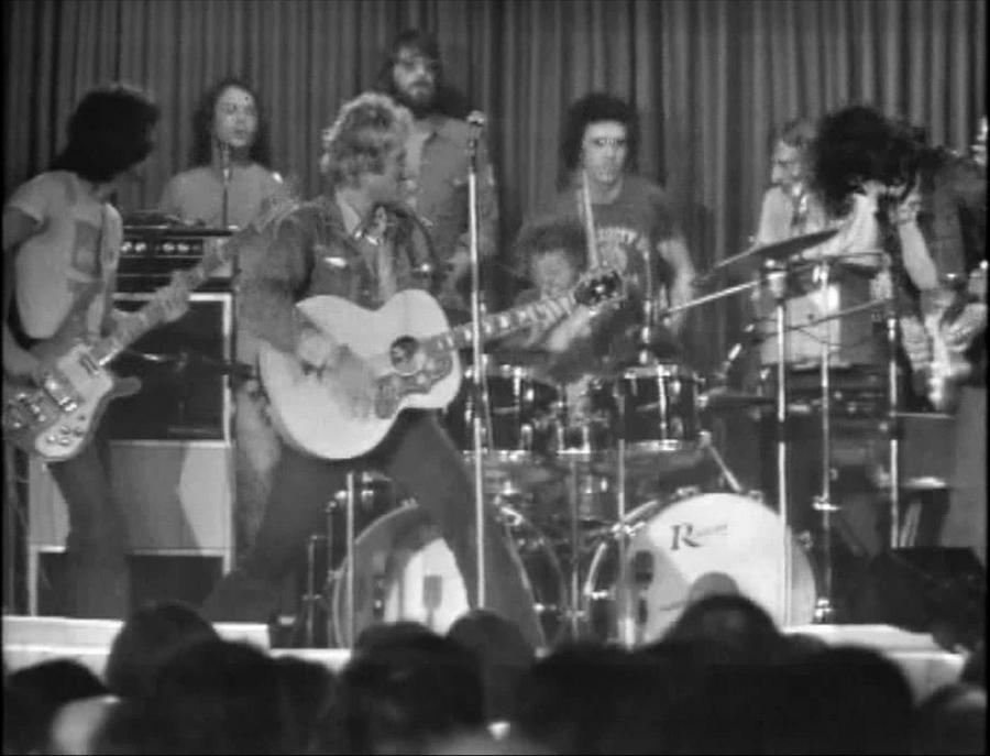 LES CONCERTS DE JOHNNY 'PRISON DE BOCHUZ, SUISSE 1974' Vlcs1755