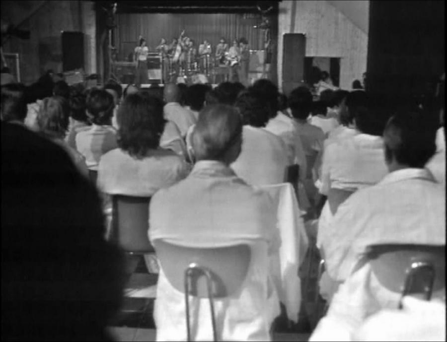 LES CONCERTS DE JOHNNY 'PRISON DE BOCHUZ, SUISSE 1974' Vlcs1757