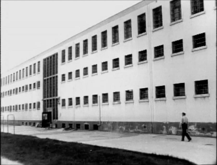 LES CONCERTS DE JOHNNY 'PRISON DE BOCHUZ, SUISSE 1974' Vlcs1768