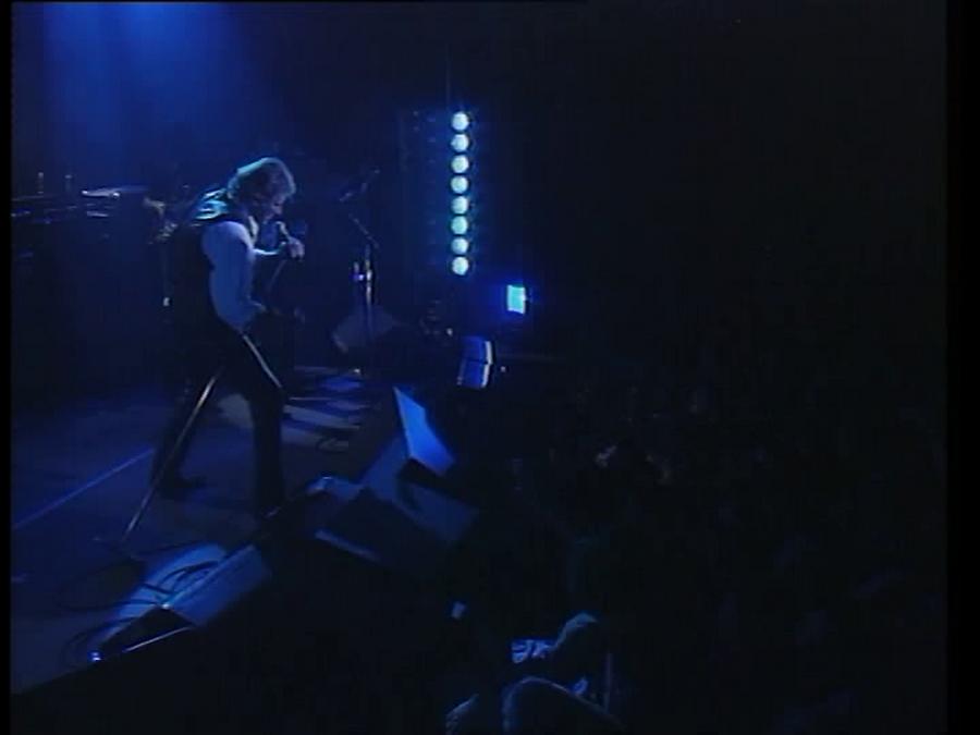 LES CONCERTS DE JOHNNY 'LA CIGALE, PARIS 1994' Vlcs1931