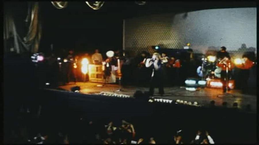 LES CONCERTS DE JOHNNY 'PALAIS D'HIVER DE LYON 1968' Vlcs2011