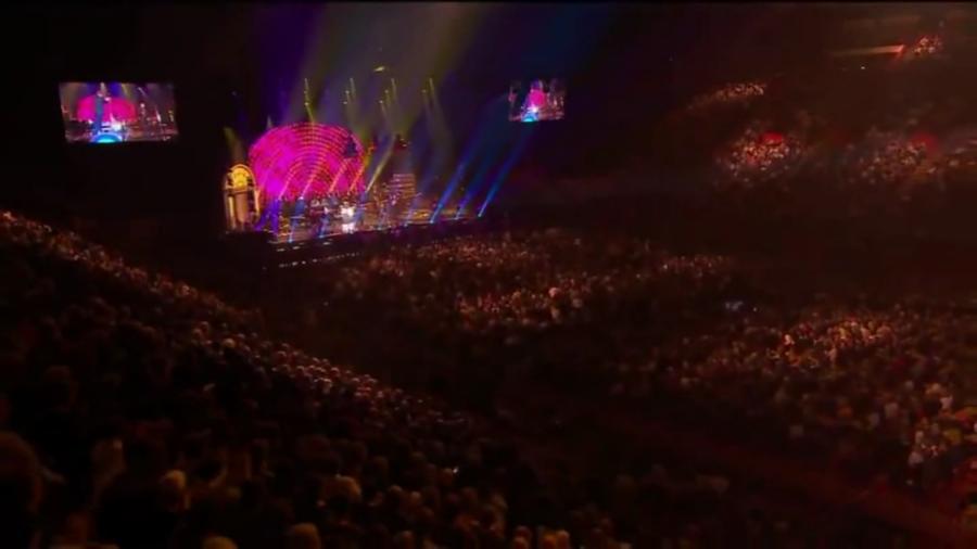 LES CONCERTS DE JOHNNY 'LES VIEILLES CANAILLES - 'PARIS 2014' Vlcs2023