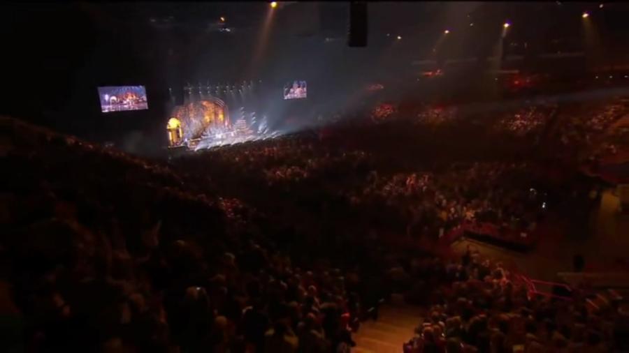 LES CONCERTS DE JOHNNY 'LES VIEILLES CANAILLES - 'PARIS 2014' Vlcs2040