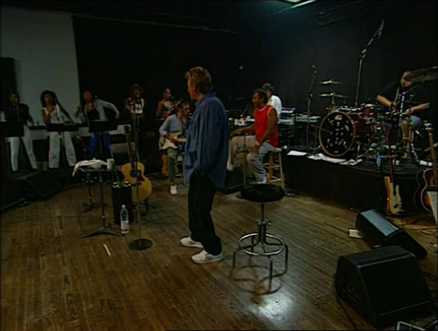 LES CONCERTS DE JOHNNY 'STADE DE FRANCE, SAINT-DENIS 1998' Vlcs2355