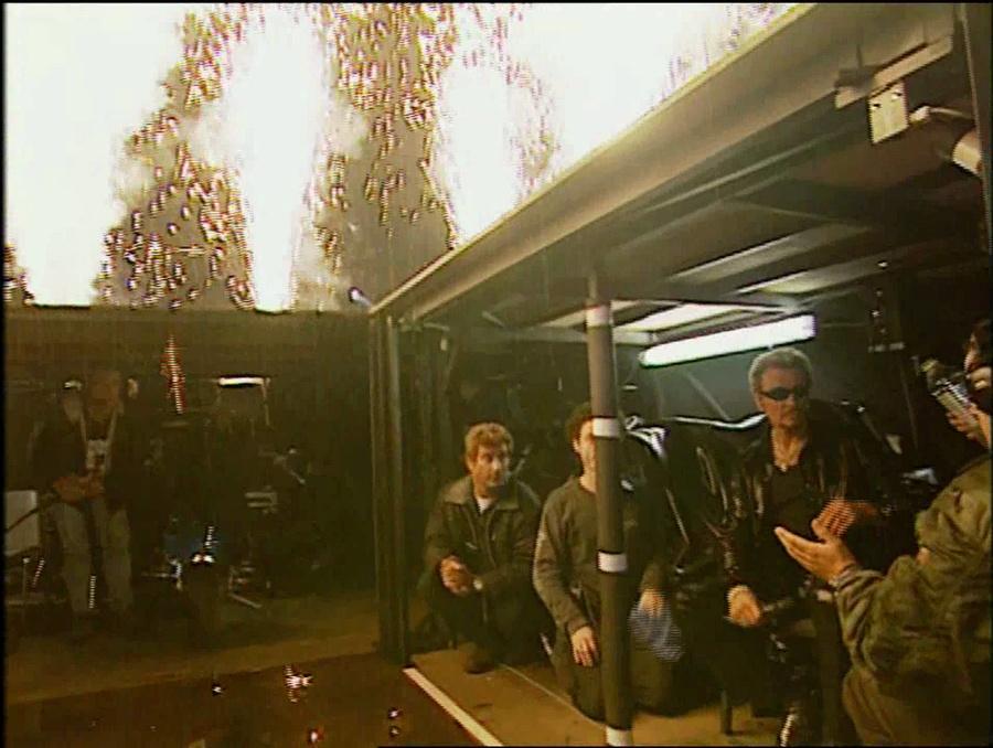 LES CONCERTS DE JOHNNY 'STADE DE FRANCE, SAINT-DENIS 1998' Vlcs2438
