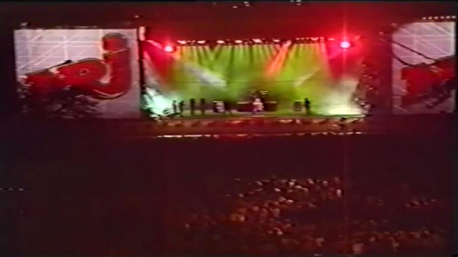 LES CONCERTS DE JOHNNY 'PARIS-MOSCOU, PLACE DE LA NATION 1991' Vlcs2971