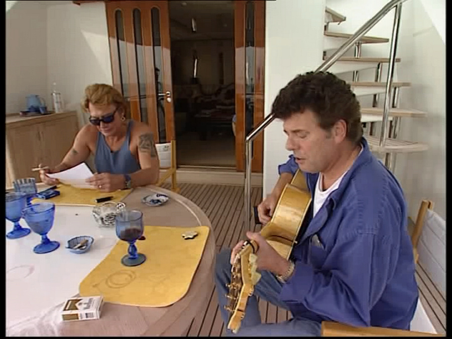 LES BATEAUX DE JOHNNY HALLYDAY 'ONLY YOU I' ( 1996 ) Vlcsn233